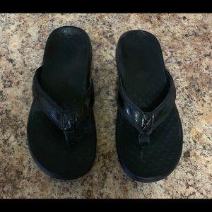 Vionic Black Patent Tide Sandals